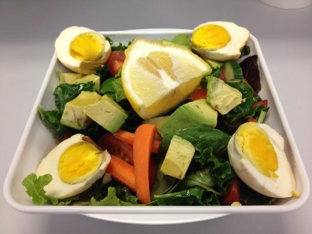 Egg, Avocado and Mixed Veggies